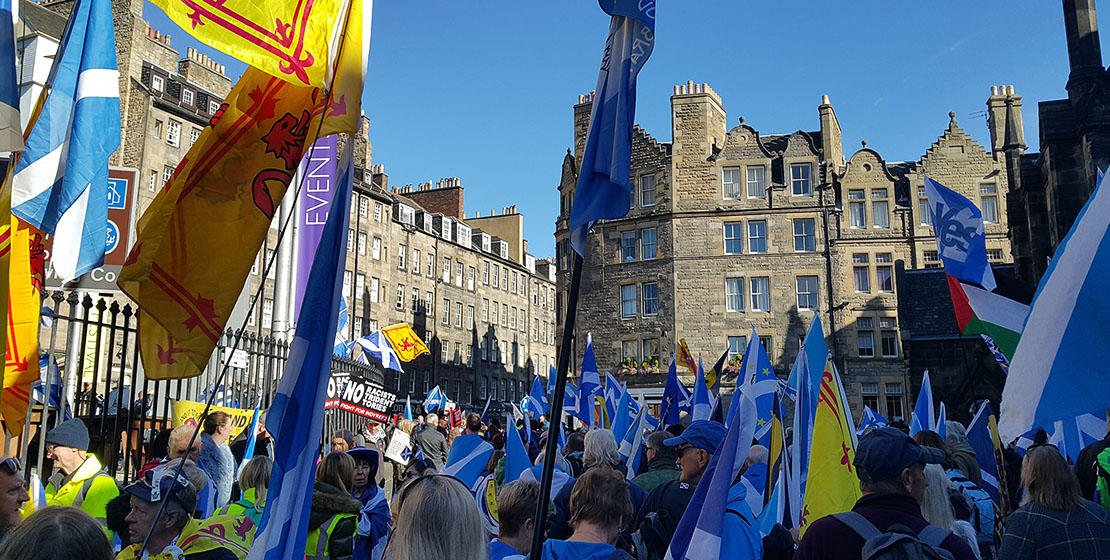 Independence supporters in Edinburgh 2018 wishing separation from the United Kingdom Parliament